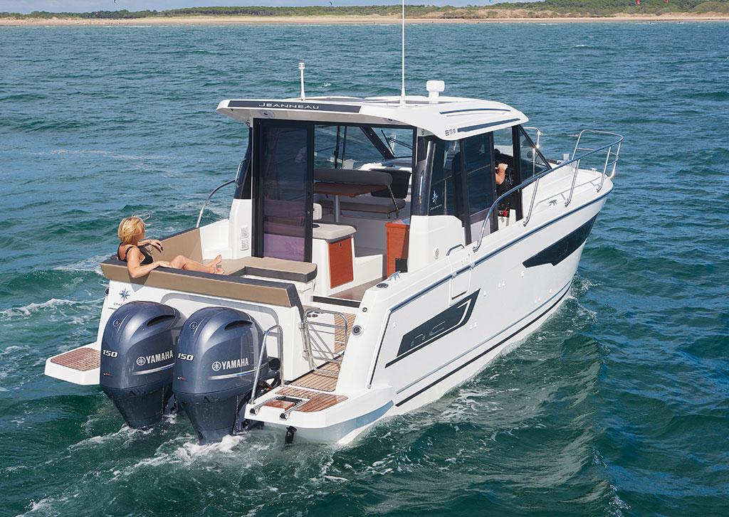 Jenneau NC 895 Boat Test | PowerBoating com
