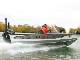 Lund fishboat
